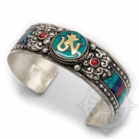 Bracelet argenté incrusté de pierres couleurs turquoises- OM