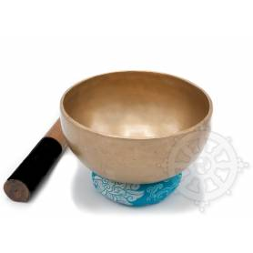 Bol chantant 7 métaux - 18cm - 845gr. - A/La - 220 Hz en provenance de Patan (Népal)