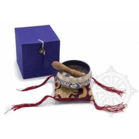 Idée cadeau incluant un bol de méditation mauve avec coussin coordonné et stick !
