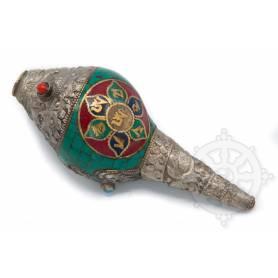 Shanka ou Conque rituelle offrande de taille moyenne- OM MANI dans lotus incrustée de métal - OM central argent