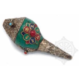 Shanka ou conque rituelle d'offrande de taille moyenne - OM MANI dans lotus incrustée de métal - Corail central