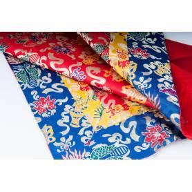 Exceptionnel! Nappe rouge symbôles auspicieux de très haute qualité en brocart de soie (1 x 1 m)