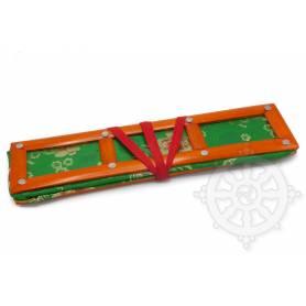 Grand porte-textes en tissus vert  floral(armature bambou, L. 42 x l. 12 x H. 10cm)
