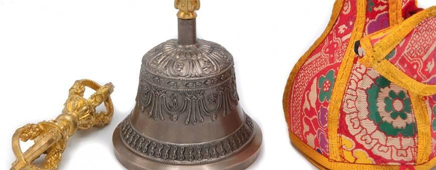 Instruments de musique Cloches et Dorjé (h. 15cm)